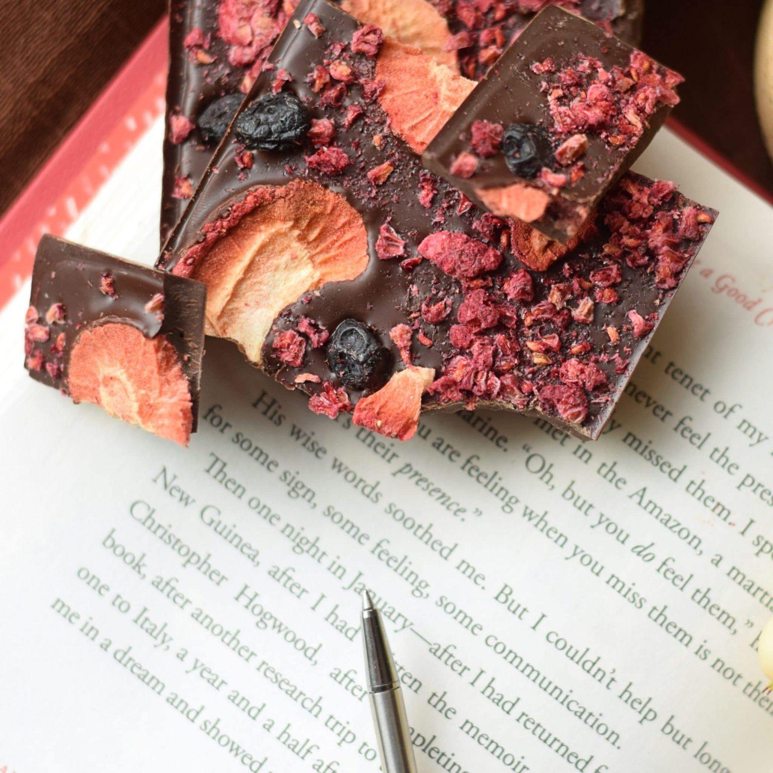 Dark Chocolate Berry bar